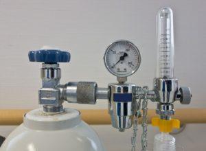 Druckregler mit Saueerstoffflasche